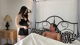 Elder man enjoys shacking up super sexy brunette Jayde Symz